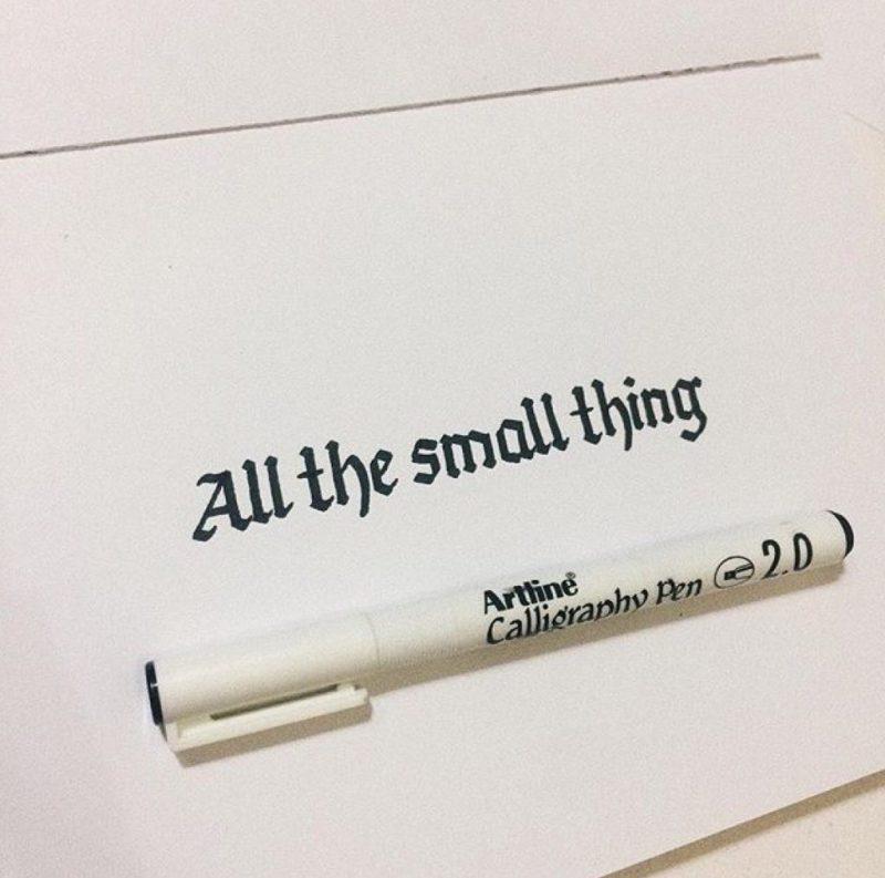 bút thư pháp Artline EK-242