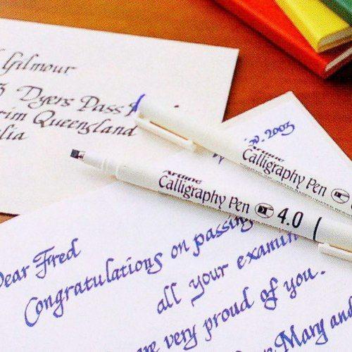 bút viết chữ đẹp artline calligraphy