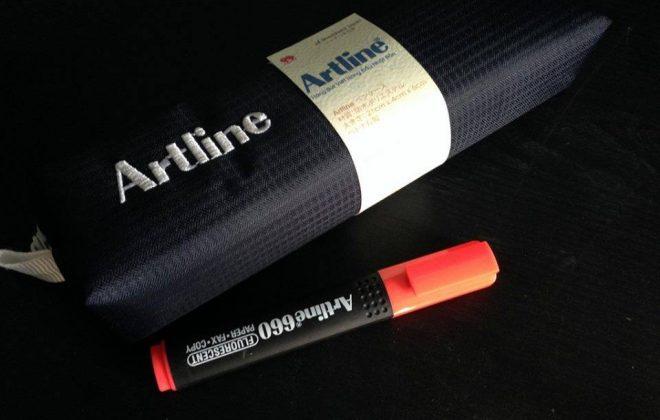Bút dạ quang Artline 660 hộp bút