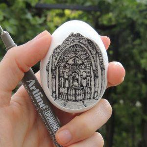 11227962 10207244978551175 4907915706425471757 n 300x300 - Sự tài tình từng nét vẽ Artline trong vỏ quả trứng của nữ họa sĩ Thổ Nhĩ Kỳ
