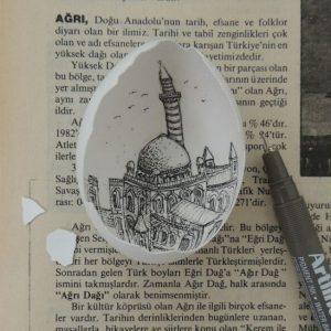 13170 10206507511914970 2995623354815288816 n 300x300 - Sự tài tình từng nét vẽ Artline trong vỏ quả trứng của nữ họa sĩ Thổ Nhĩ Kỳ