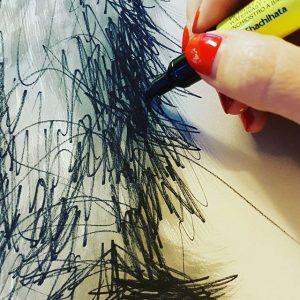 14128919 687779771370393 820715442 n 300x300 - Cảm hứng Artline #8: Bộ tranh động vật độc đáo của nữ họa sĩ Australia