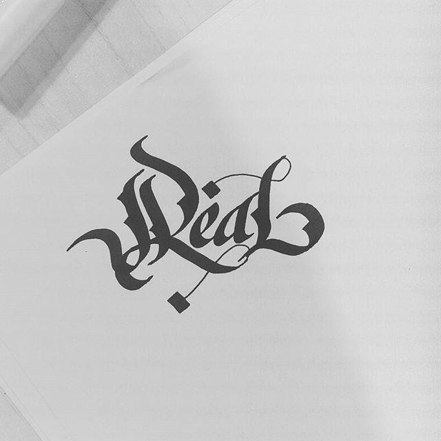 14515761 1009513822491333 8552910277396398080 n - Cảm hứng Artline #17: Viết thư pháp cùng bút Calligraphy Artline