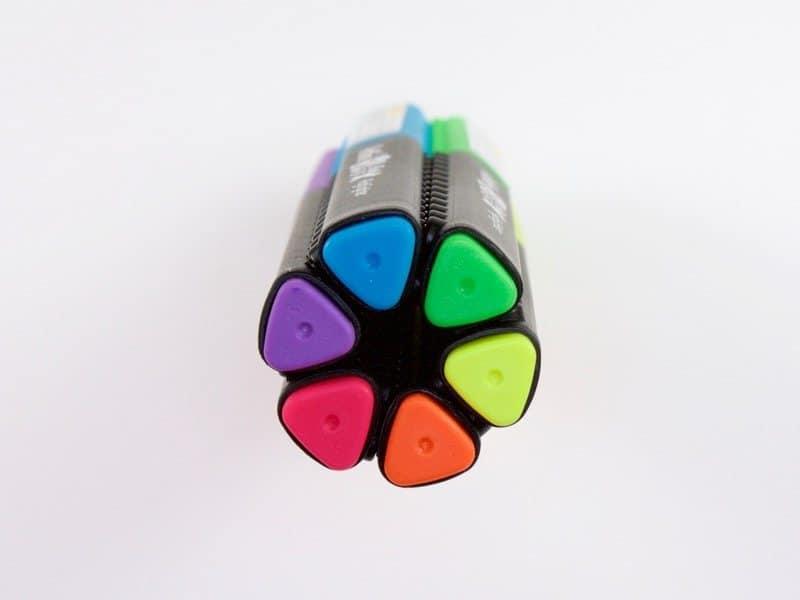 bút dạ quang màu đẹp 1 - Cây bút dạ quang đang làm mưa làm gió tại trường học của Nhật Bản