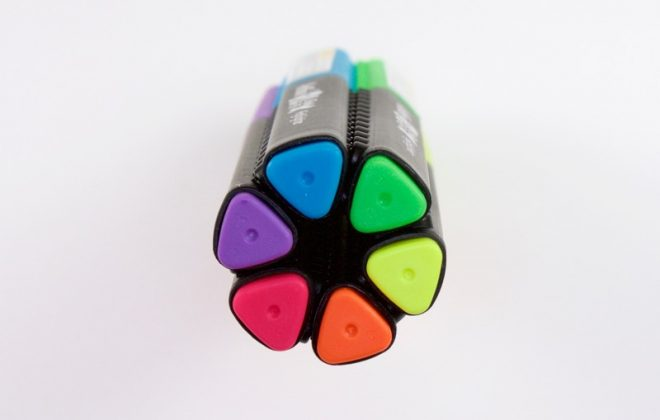 bút dạ quang màu đẹp
