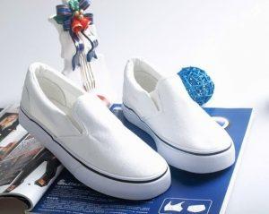 """but ve len ao artline shachihata japan 11 1 300x239 - """"Phù phép"""" cho những đôi giày đơn điệu"""