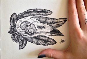crow skull dotwork by nihilazari d905lph 300x206 - Cảm hứng Artline #6: Vẽ phong cách tatoo Dotwork với bút kỹ thuật Artline