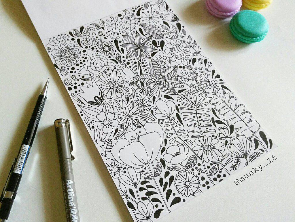 flower doodling by munky16 dahslnv