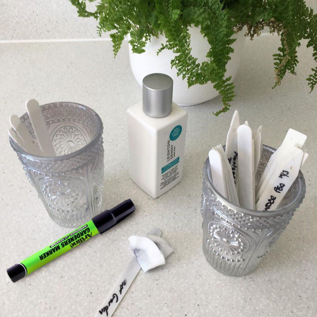 bút làm vườn Artline
